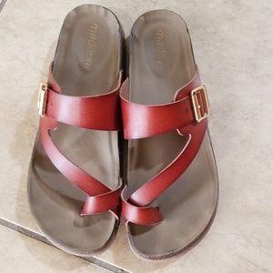 Madden Girl Bryce Sandals Size 8